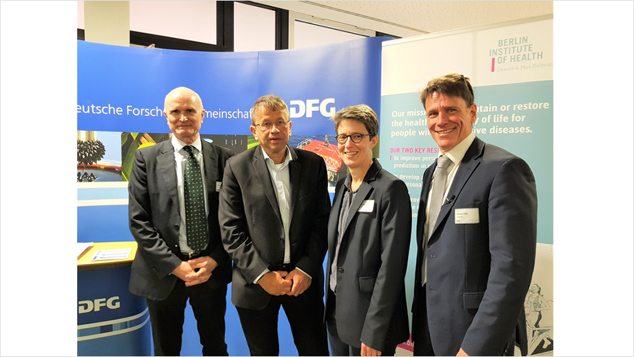 Left to right: Prof. Axel R. Pries, Prof. Heyo K. Kroemer, Prof. Britta Siegmund, Prof. Georg Duda.