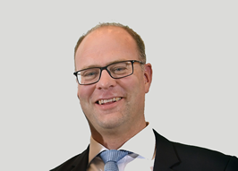 DFG, German Research Foundation - Professor Dr. Lutz Ackermann 5ba9aca4ef0