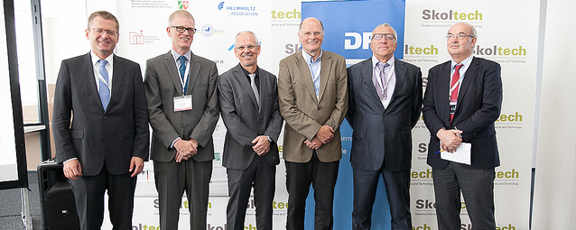 Leaders of Skoltech with representatives of DWIH Moscow and the German embassy in Moscow. Left to right: Thomas Graf (German embassy, Moscow), Ulrich Grothus (DAAD), Frank Allgöwer (DFG), Werner Mewes (TU Munich), Alexander Kuleshov and Rupert Gerzer
