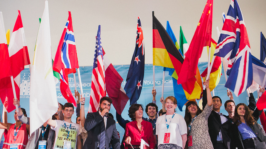 Eröffnung des European Union Contest for Young Scientists in Mailand am 17. September 2015