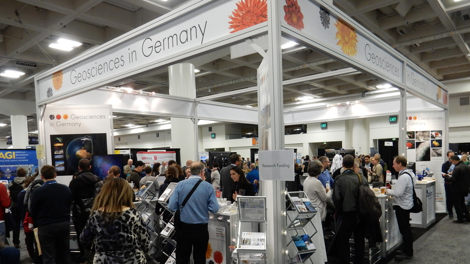 "The well attended ""Research in Germany"" booth."