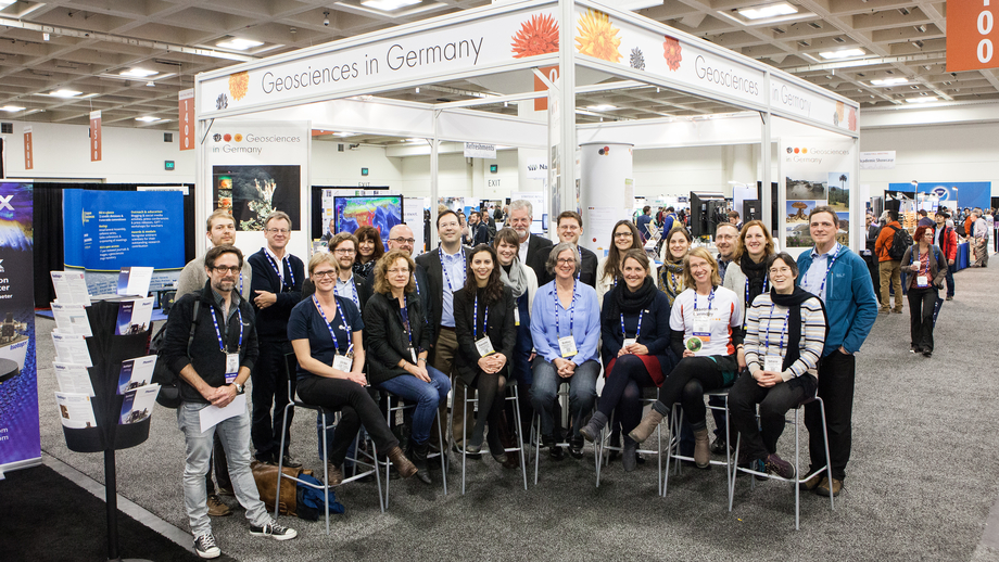 "The team of the ""Research in Germany"" booth."